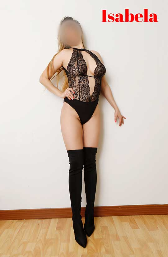Escort latina complaciente